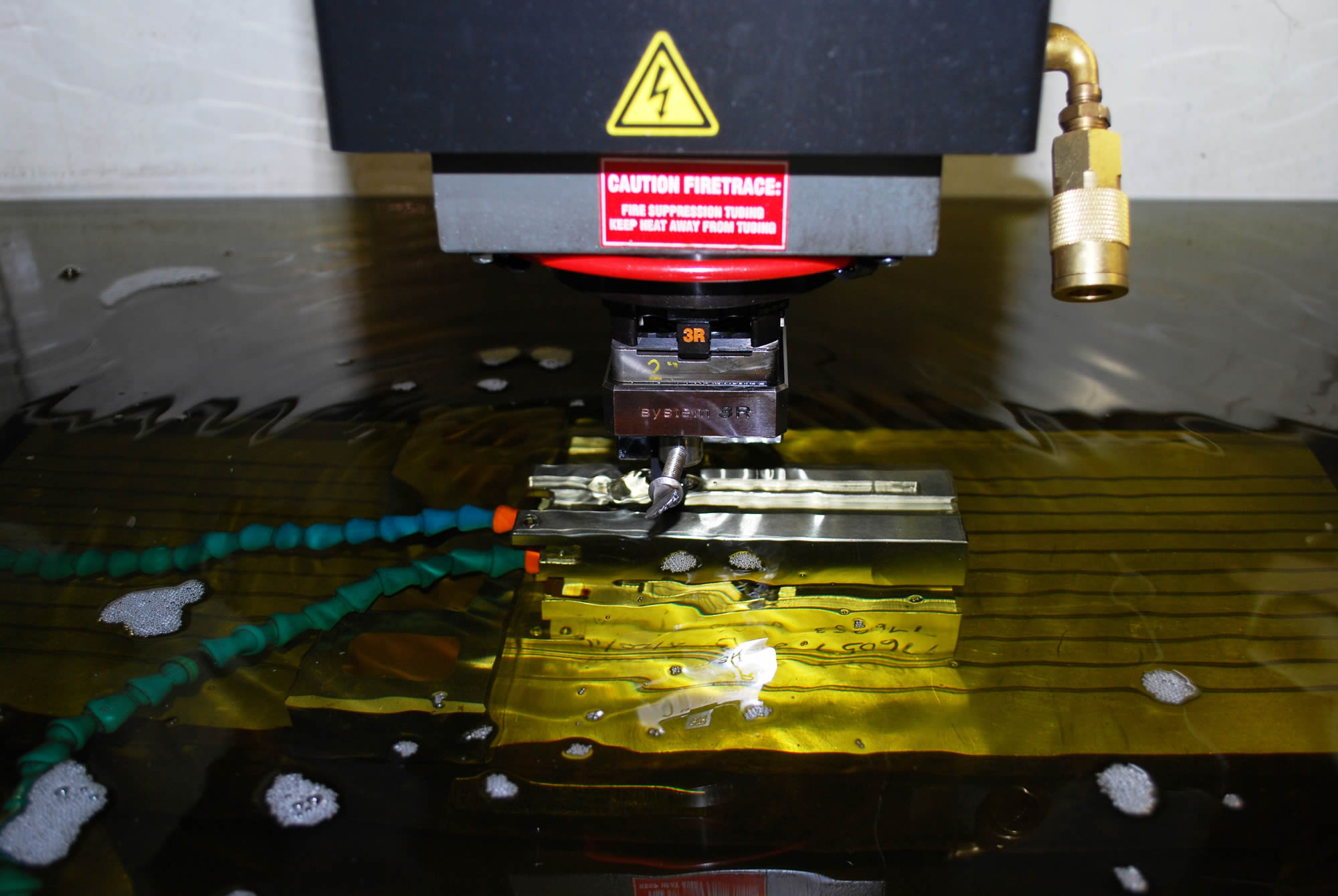 CNC Sinker EDM, Plunge EDM – Abet Industries Corp